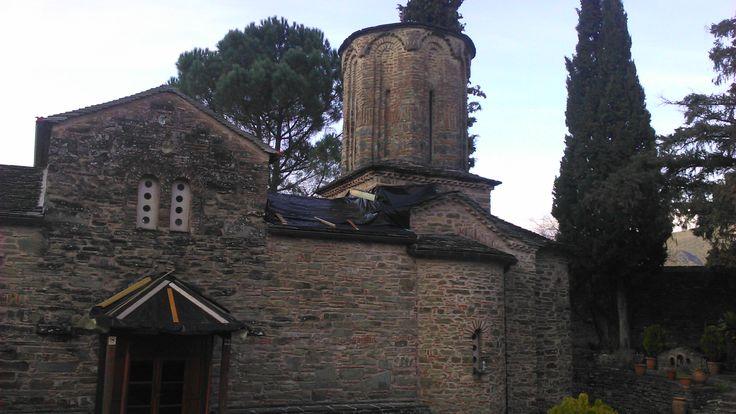 Ιερά Μονή Παναγίας Μολυβδοσκέπαστης. (Κόνιτσα, Ήπειρος, Ελλάδα)