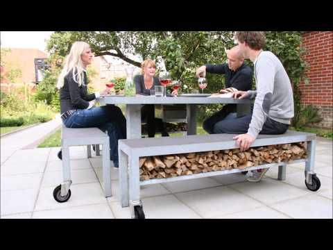 The LIFE IS GREAT fire and grill table at its best...! https://youtube.com/watch?v=du1agUHBUno