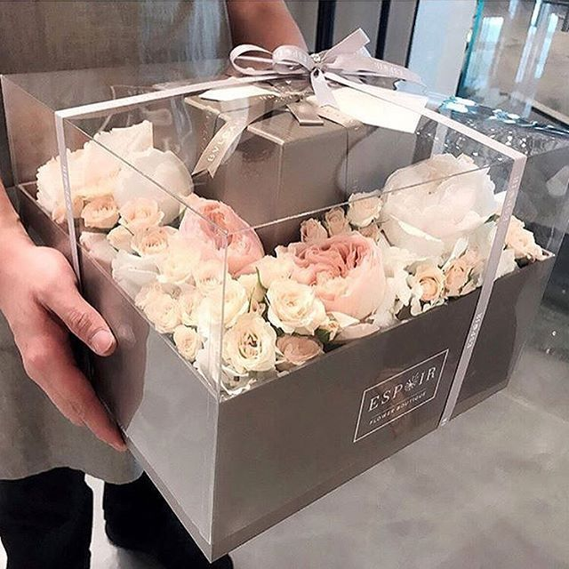 Pin By Elmaz Murahas On Nishan Flower Box Gift Wedding Gifts Packaging Diy Valentines Gifts