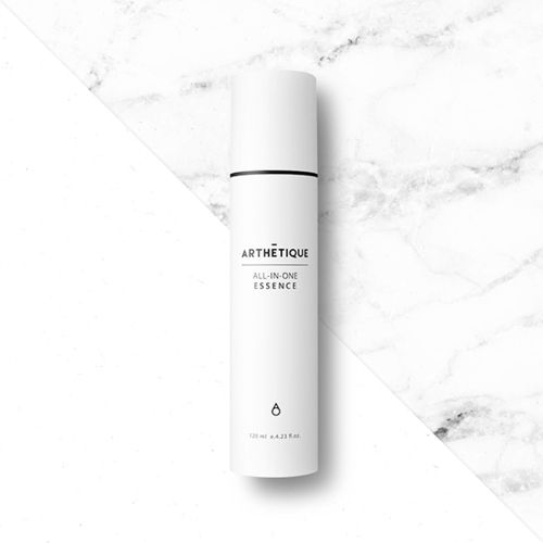 ARTHETIQUE All-in-One Essence is a skin and essence in one, providing the skin moisture and nutrients that give the skin vitality and brilliant luster. #allinoneessence #essence #skin #antiwrinkle #whitening #moisture #arthetique #cosway #premium #skincare #cosmetics #homeesthetic #makeup #beauty #seoul #korea