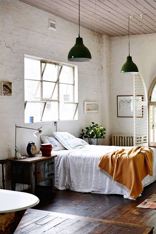 No Headboard No Problem 10 Alternative Bedroom Decorating Ideas