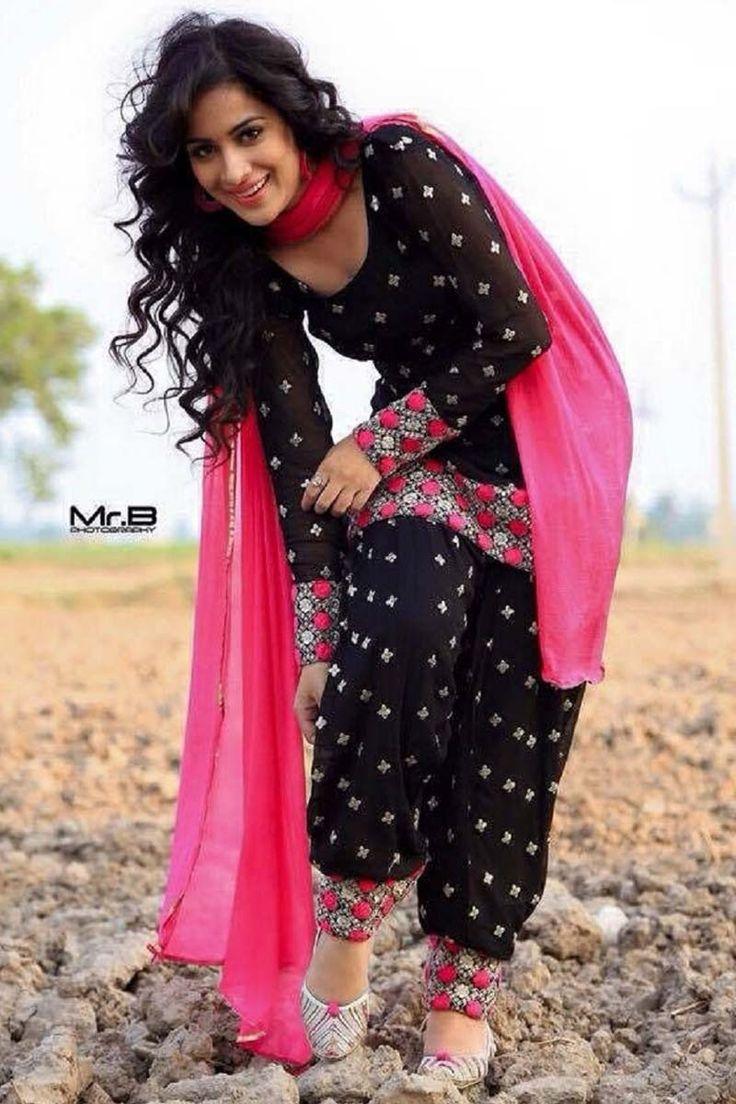 Black Cotton Punjabi Salwar Kameez
