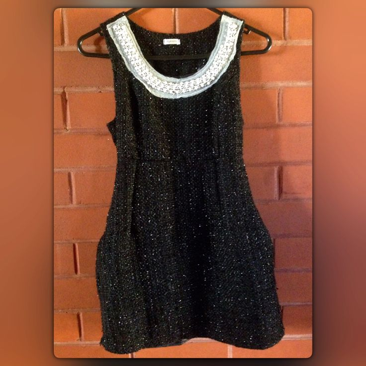 #blacksparklingdress