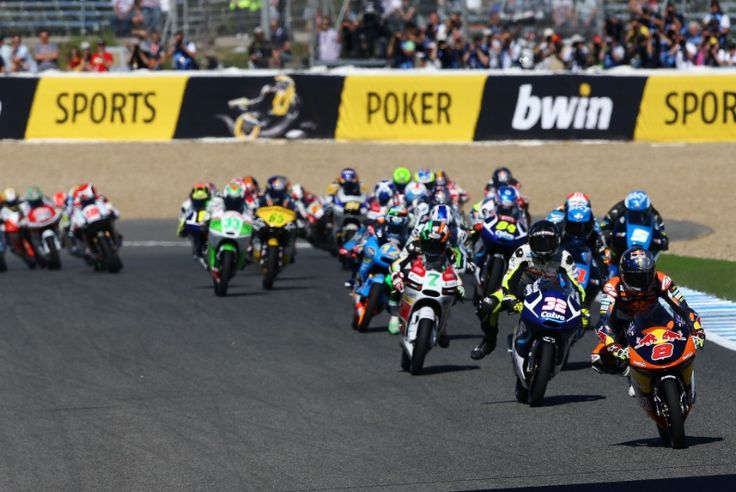 Miller leads start, Moto3 race, Spanish MotoGP 2014