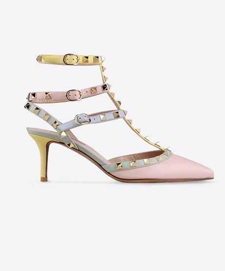 Valentino Rockstud Shoe Sales | Remember the Valentino Rockstud shoe? Style.com sat down with the brands creative directors to talk numbers and just how powerful the style really is. #refinery29 http://www.refinery29.com/valentino-rockstud-shoe-sales-double