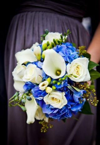 kék menyasszonyi csokor
