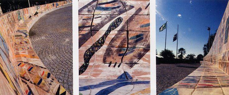 """Panchina in ceramica mt. 42, """"Gioie e delizie di Galatea"""", Passeggiata degli Artisti, Albissola Marina creata dal pittore Ignazio Moncada."""