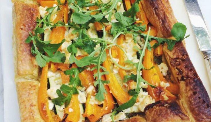 Deze makkelijke plaattaart met paprika & courgette komt van de fijne blog MadeByEllen.com. Een echte aanrader;…