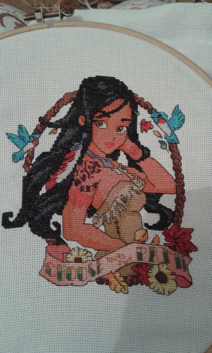 Disney Pocahontas pinup foto lavoro punto croce terminato autrice Blogger tonengemax  http://www.magiedifilo.it/forum/ricami-realizzati-dagli-schemi-di-eromas-t3211.html