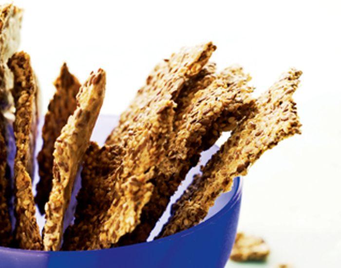 Lækre knækbrød uden mel med hørfrø, havreklid og sesamfrø.