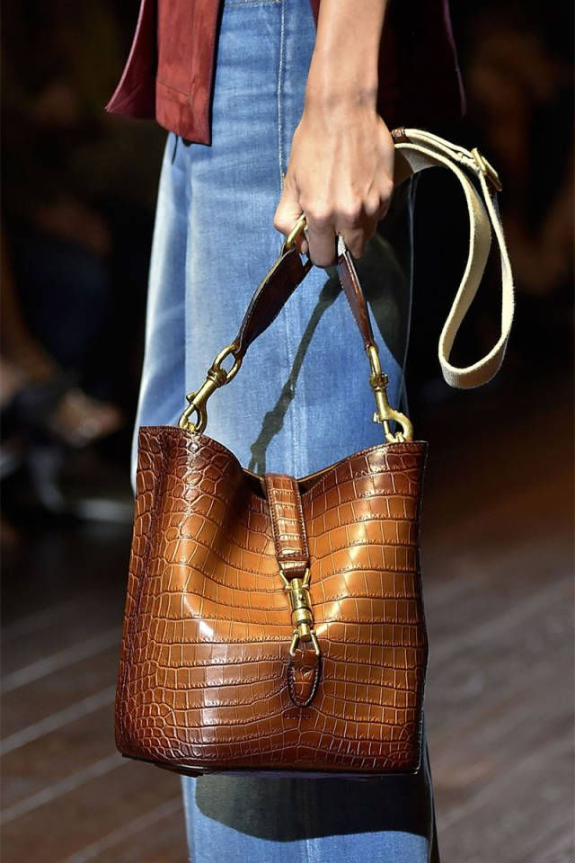 The best bag trends spotted on the Spring 2015 runways: