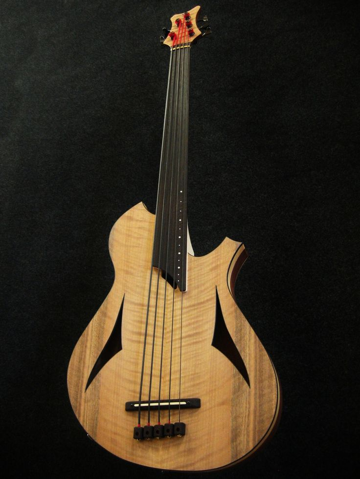 Paul Lairat, Bass GABRIELLA - 5 strings fretless