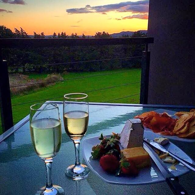 Yarra Valley Sunsets at Balgownie Estate