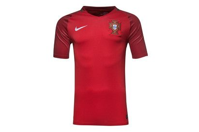 Nike Portugal EURO 2016 Home Stadium S/S Football Shirt A return to traditional red and green, its time to get behind Ronaldo and the team with the Portugal EURO 2016 Home Stadium S/S Football Shirt.Made from polyester, Nike remain in charge of kitting out http://www.MightGet.com/february-2017-2/nike-portugal-euro-2016-home-stadium-s-s-football-shirt.asp