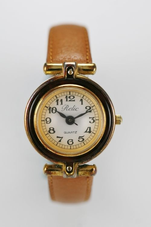 Relic Watch Womens Water Resist Stainless Gold Brown Leather White Beige Quartz