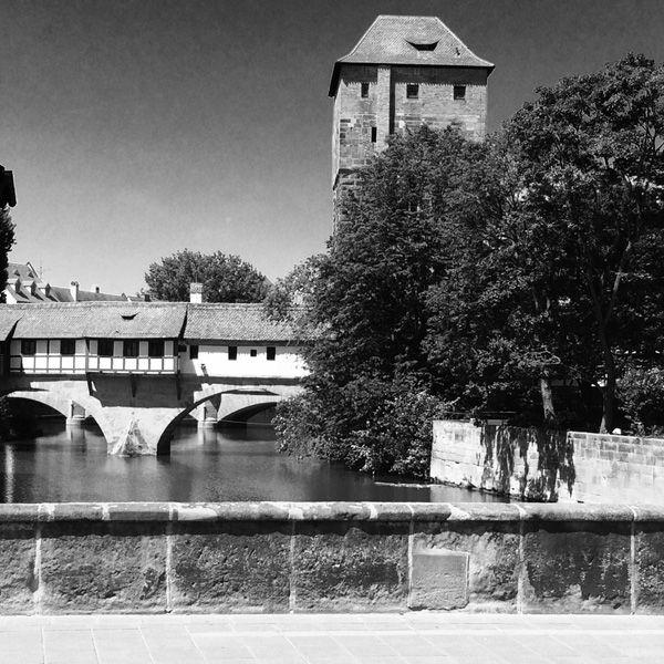 Nürnberg – Fotografie #Architektur, #Architekturfotografie,  #schwarzweiss-fotografie, #schwarzweiss