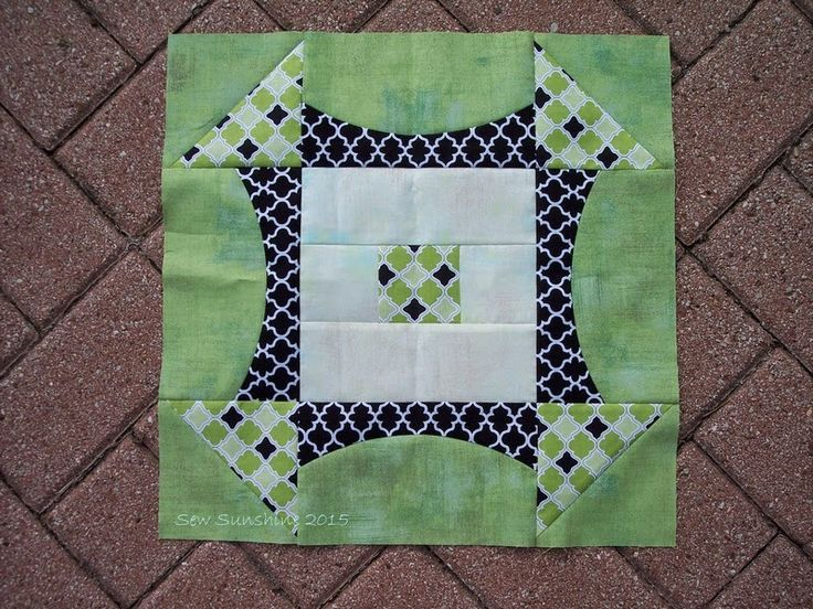 Quick Curve Ruler by Jenny and Helen @ SewKindofWonderul - quilt block