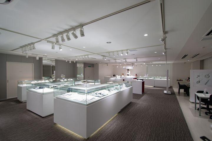Фабрика и ювелирный магазин LUCKY Open Factory в Яманаси