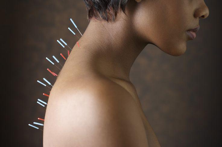Основные функций КАНДАДЗЯ:  В электростимуляторе рефлекторного массажа кандадзя соединены в одно целое такие теории, как китайское иглоукалывание, стимуляция активных точек, массаж рефлекторных зон стоп и рук. Массаж может проводиться в различных позициях, таких как стоя, лежа, сидя. Во всех этих положениях аппарат производит равномерный спиральный массаж позвоночника, мышц, энергетических каналов, активных точек.  В вибромассажере «КАНДАДЗЯ» соединены в одно целое такие теории, как…