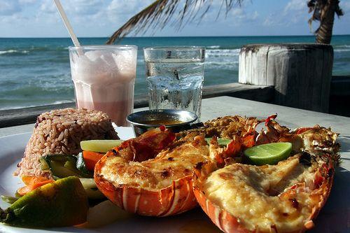 lobsterMeals, Lobsters Thermidor, Beach Side, Eating Lobsters, Rice Pilaf, Bottle, Favorite Recipe, Drinks, Food Photos