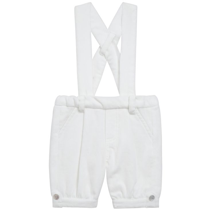 Pearly white smoot velvet dungarees #outfit #FW15 #fall #winter #kidsfashion #ceremony #pearly #velvet #dungarees