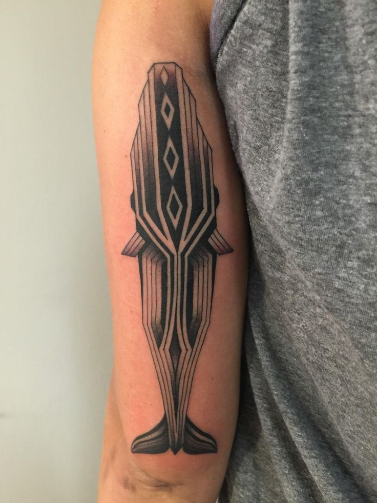 Geometric whale thanks to Seth Wood at Temple Tattoo in Oakland
