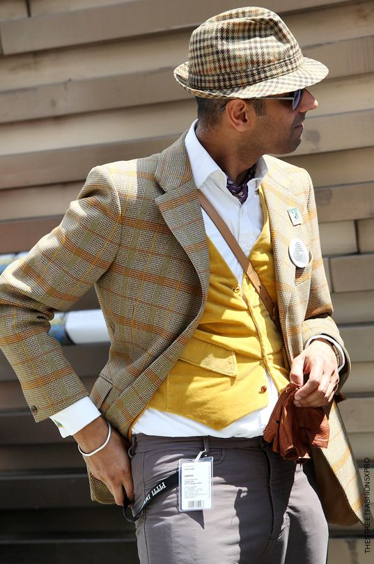 Street style, Florence-- yellow and grey.