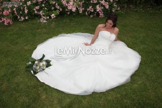 http://www.lemienozze.it/operatori-matrimonio/fotografie_e_video/centro_sposi_martesana/media  Abito da sposa con ampia gonna