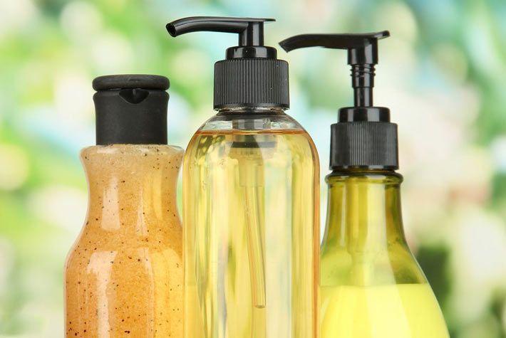 Ricetta per Sapone Antibatterico Fai Da Te >>> http://www.piuvivi.com/salute/ricetta-sapone-antibatterico-battericida-faidate-in-casa.html <<<