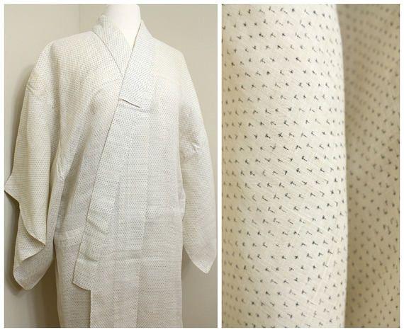 Kagasuri Hemp Linen. Japanese Vintage Kimono. Woven Ikat