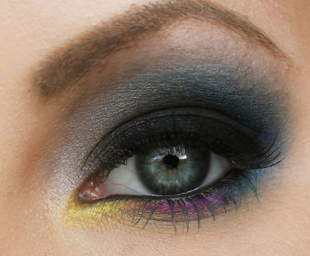 Выразительный макияж для серо-голубых глаз ::: onelady.ru ::: #makeup #eyes #eyemakeup