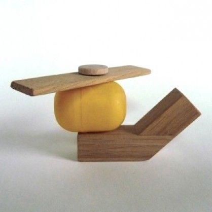 Spielzeug Hubschrauber aus Massivholz