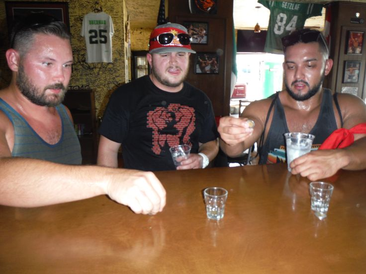 Come on boys get those pesos in the shot glass!
