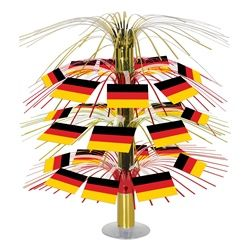 an oktoberfest party would be a great time to use the german flag cascade centerpiece - Oktoberfest Decorations