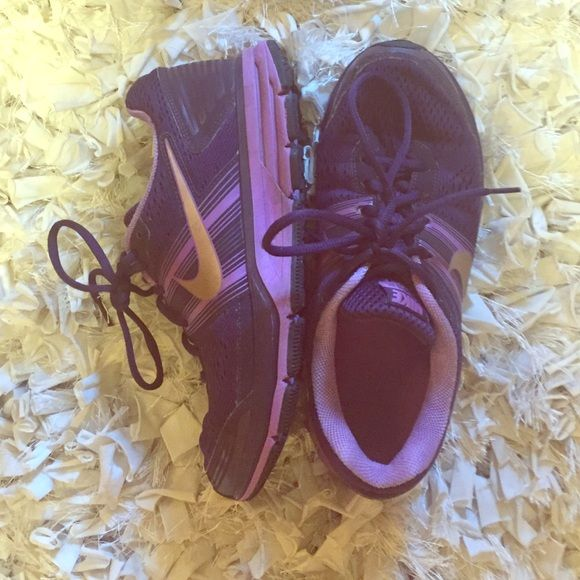 NIKE PEGASUS 29 Purple Nike Pegasus 29 shoes. Well taken care of, nearly no damage. Good, worn condition. Open to reasonable offers. Nike Shoes Athletic Shoes