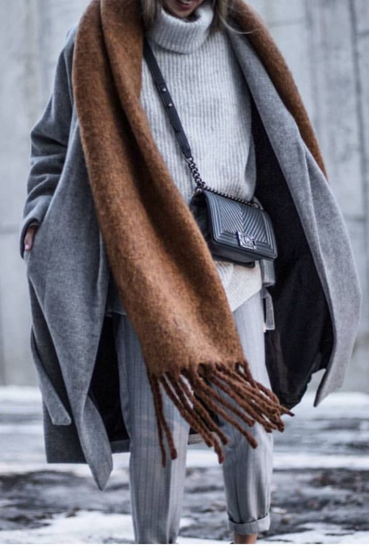 Street Style | grey trousers + grey coat + grey knit turtleneck + brown scarf + black bag | TEXTURES & TONES