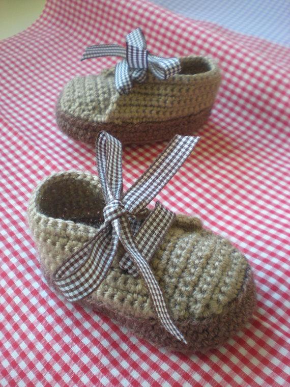 crochet baby booties casual by anavillanuevashop on Etsy, €12.00