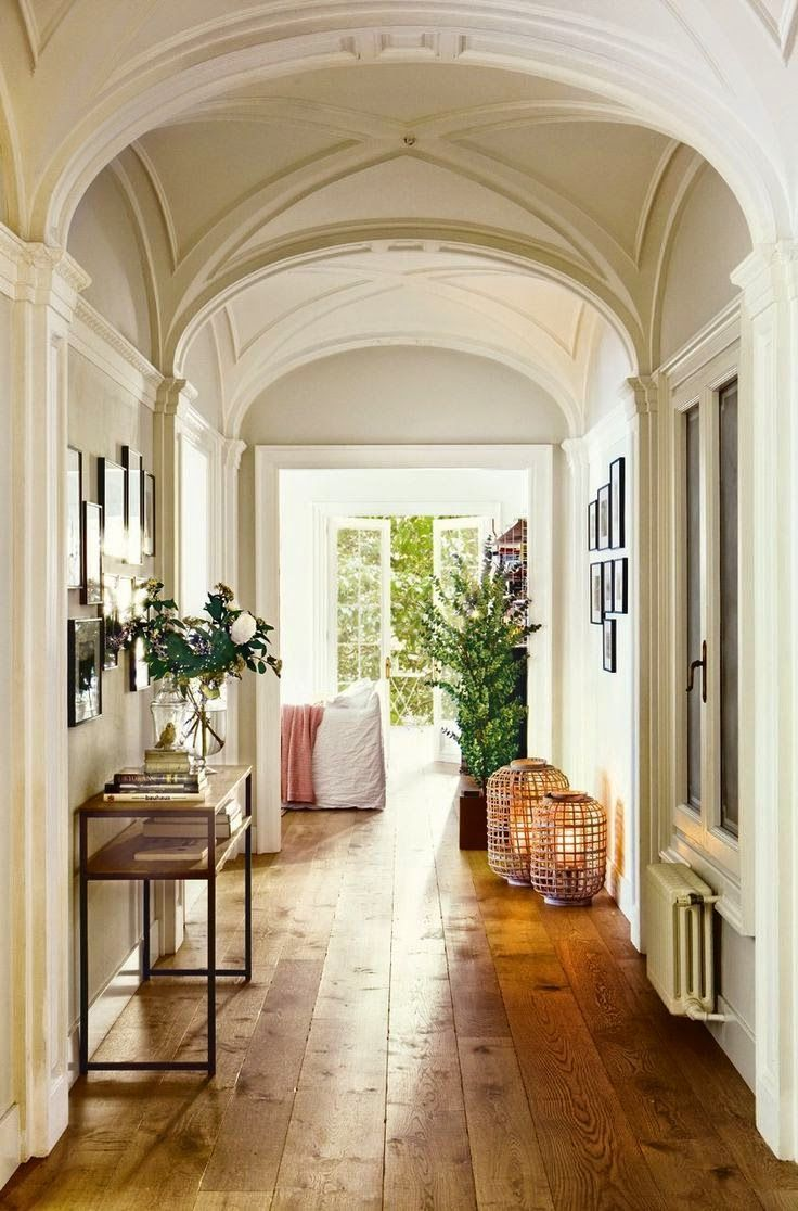 TImeless Design  The Elements of California Style  Hall Interior. 1025 best Timeless  Entryways   Halls images on Pinterest