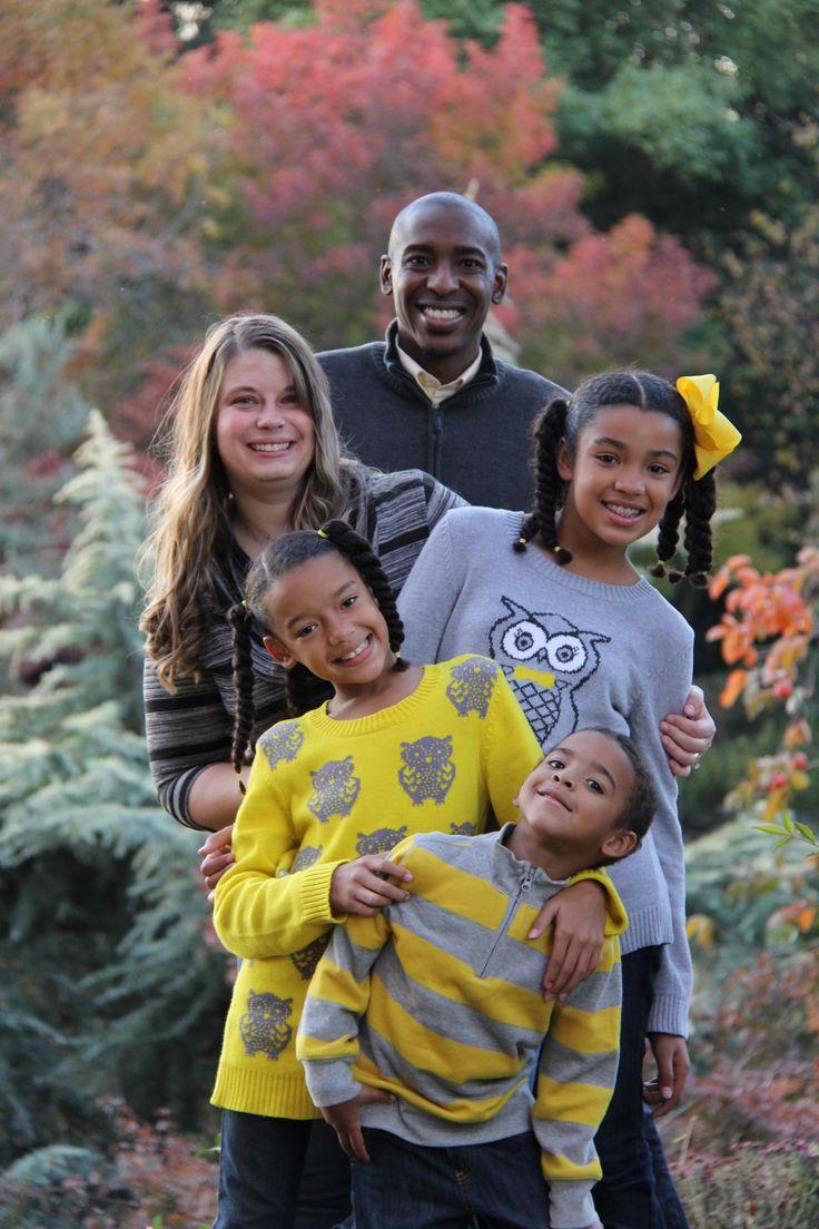 Fall Family Picture idea super cute family