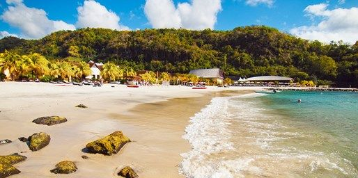 $1215 -- St. Vincent & Grenadines: All-Incl. 5-Nt. Escape | Travelzoo