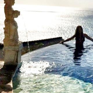 Elle in Bali