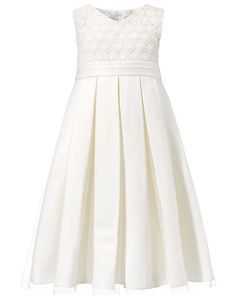 Veroniquea Dress:This little girls beautiful dress will work for all sorts of special occasions.