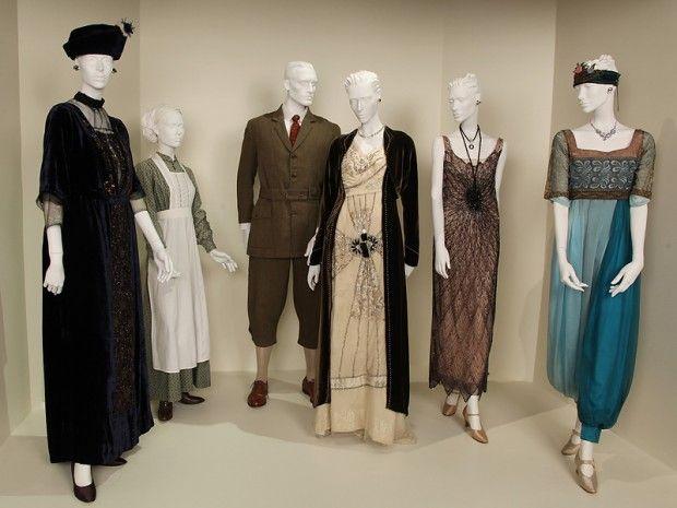 Documentário aborda a influência de 'Dinastia' na moda da década de 1980 | Temporadas - VEJA.com