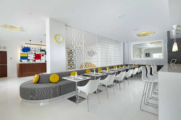 Orbit restaurant at Luna2 studiotel #Seminyak #Bali #restaurant #chef Errol Defoe #MelanieHallDesign