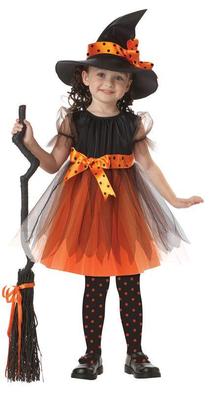 Mira este artículo y sorpréndete con todos los tips para elegir tu disfraz de bruja. Hay versiones que seguro no conocías. #halloween #bruja #disfraz #costume