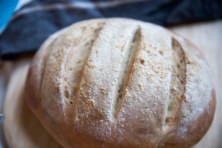 Ett av de enklaste bröd man kan baka, och det blir alltid gott! Jag har bott i Grekland två säsonger när jag jobbade som sångare Mer om det en annan gång kände jag direkt! Totalt lite över ett år har jag iaf skrapat ihop och bott i Grekland och levt på Grekiskt bondbröd, gyros och […]
