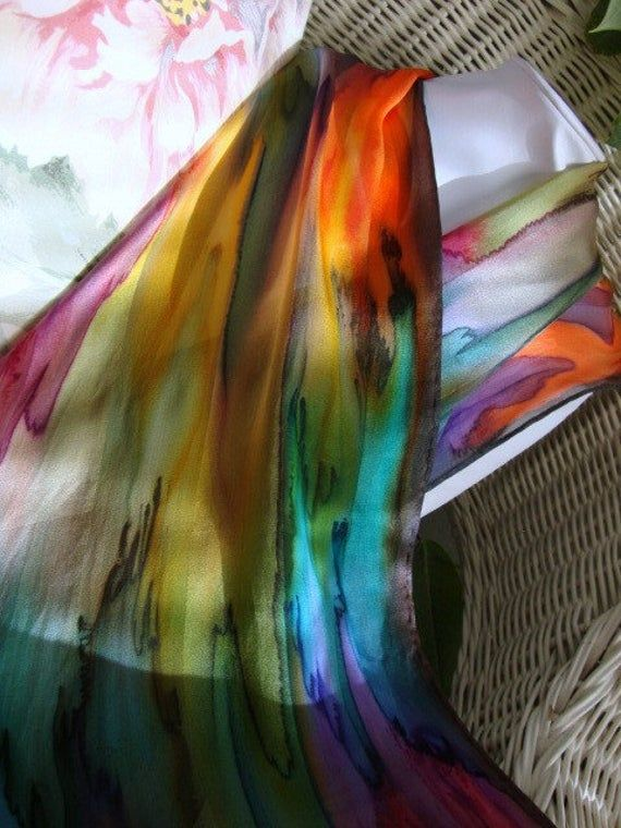 Handgefarbt Von Hand Bemalt Seide Uber Den Regenbogen Seide