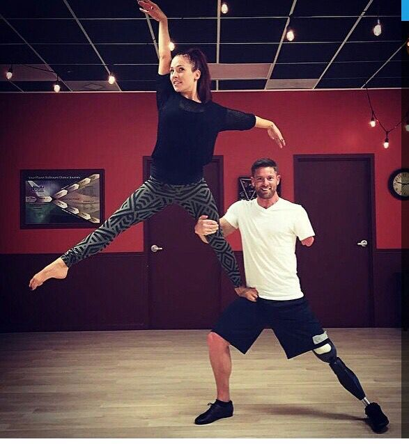 ♿️WHAT'S UR EXCUSE♿️ Please watch Gym Hero NOAH GALLOWAY @noahgallowayathlete & SHARNA BURGESS @sharnaburgess on ⭐️ ⭐⭐️️DANCING WITH THE STARS ⭐️ ⭐️ dwts today at 8pm!    If you have an #attitude for #gratitude, VOTE FOR #TEAMSHWAY!   #noexcuses #teamshalloway #ilovegymheroes #hero #amputeefitness #amputee #amputeeathlete #superhero #fitfam #gymhero #gymlife #muscleandfitness #whatsyourexcuse #ballet #salsa #armedforces #jazz #tap #jazzhands #moderndance #pointshoes #leotard #warmup…
