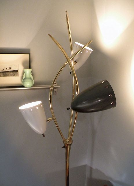 mid-century Laurel floor lamp