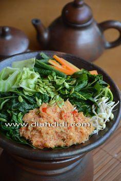 Diah Didi's Kitchen: Gudangan...atau Urap Sayuran Matang